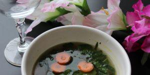 En dejlig Thai Grøntsagssuppe
